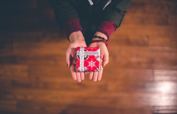 6 UNIQUE CHRISTMAS GIFT IDEAS FOR UNDER £20